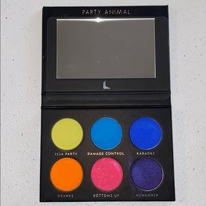 Other - (NWOB) Party Animal palette by Laura Lee